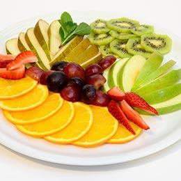 Фруктовая тарелка (сезонная нарезка)